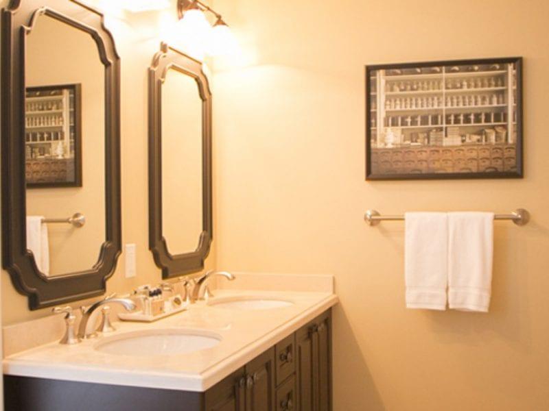 deluxe-bathroom-mirrors