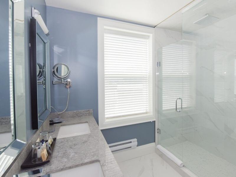 double-queen-shower