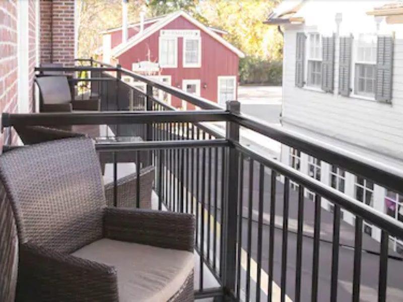 hotel-private-patio