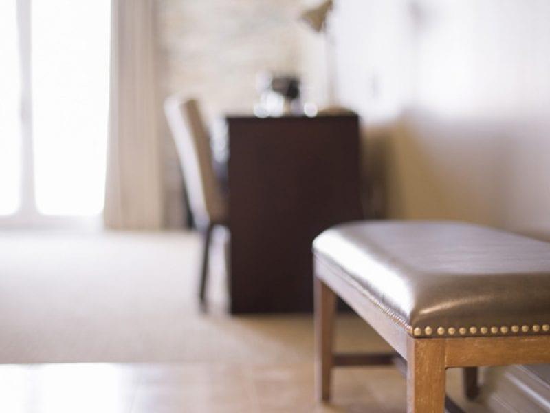 premium-room-bench