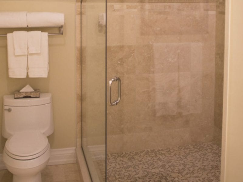 studio-suite-bathroom
