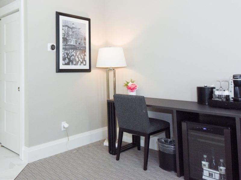 suite-desk-and-mini-fridge