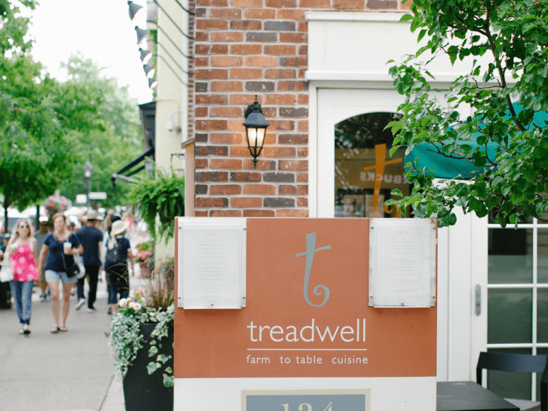 treadwell-front-sign