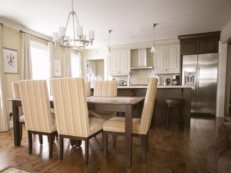 two-bedroom-villa-dining-room