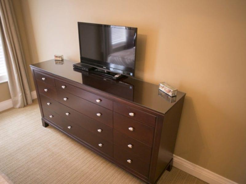 two-bedroom-villa-dresser