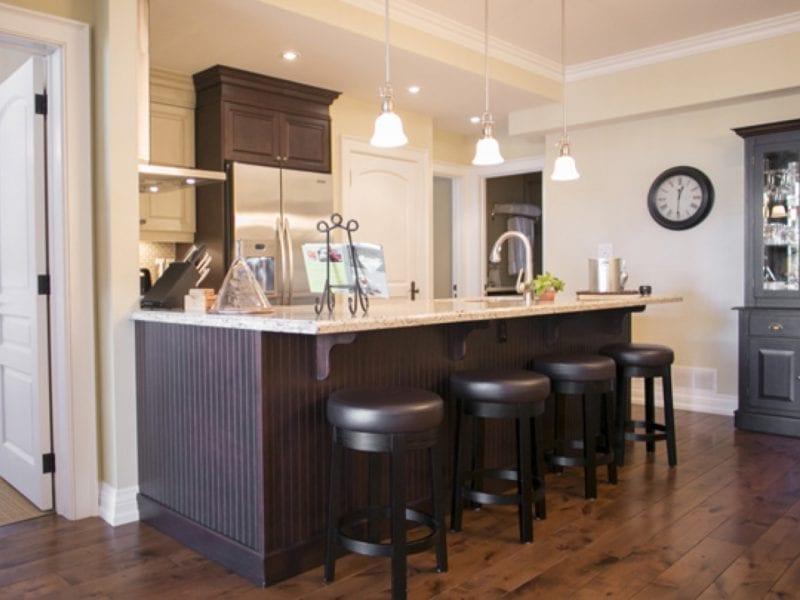 two-bedroom-villa-kitchen-bar